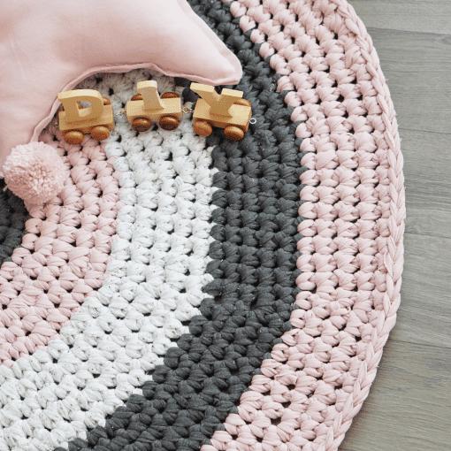 Gehäkelter runder Teppich - Anleitung