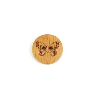 Holzknopf mit Schmetterling
