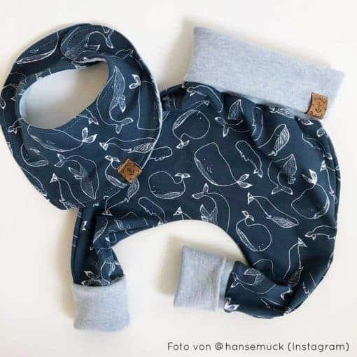 Single Jersey - Dunkles Jeansblau mit Walen