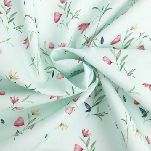Popeline - Pastellmint Blumen